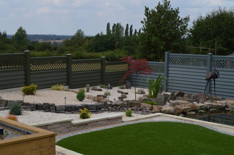 Garden Fence Finished 2